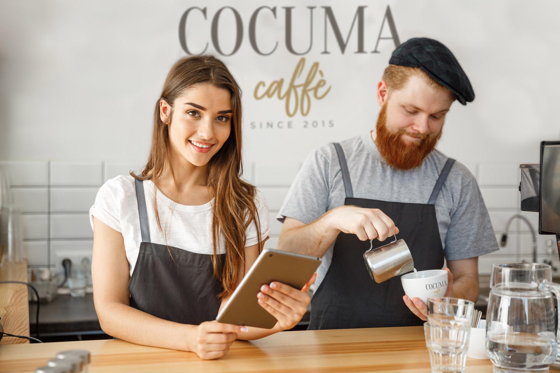 Barista qui fait du café
