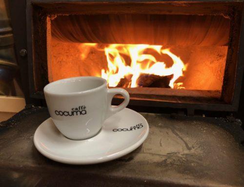 Warum schmeckt mit Holz gerösteter Kaffee besser?
